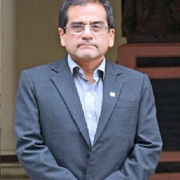Javier Arturo Ñaupari Vásquez